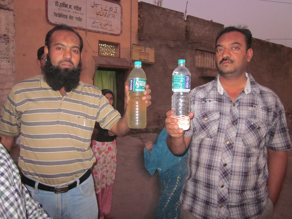 Contaminated water in Pathan Galli